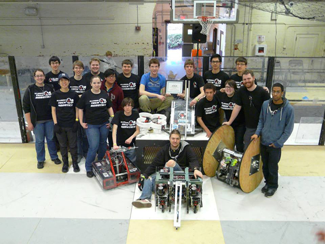 Illinois Tech Robotics Group Photo